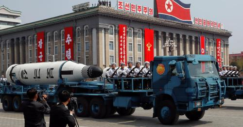 2017-04-15t160757z-376764935-rc11e9078d90-rtrmadp-3-northkorea-usa-parade-witness