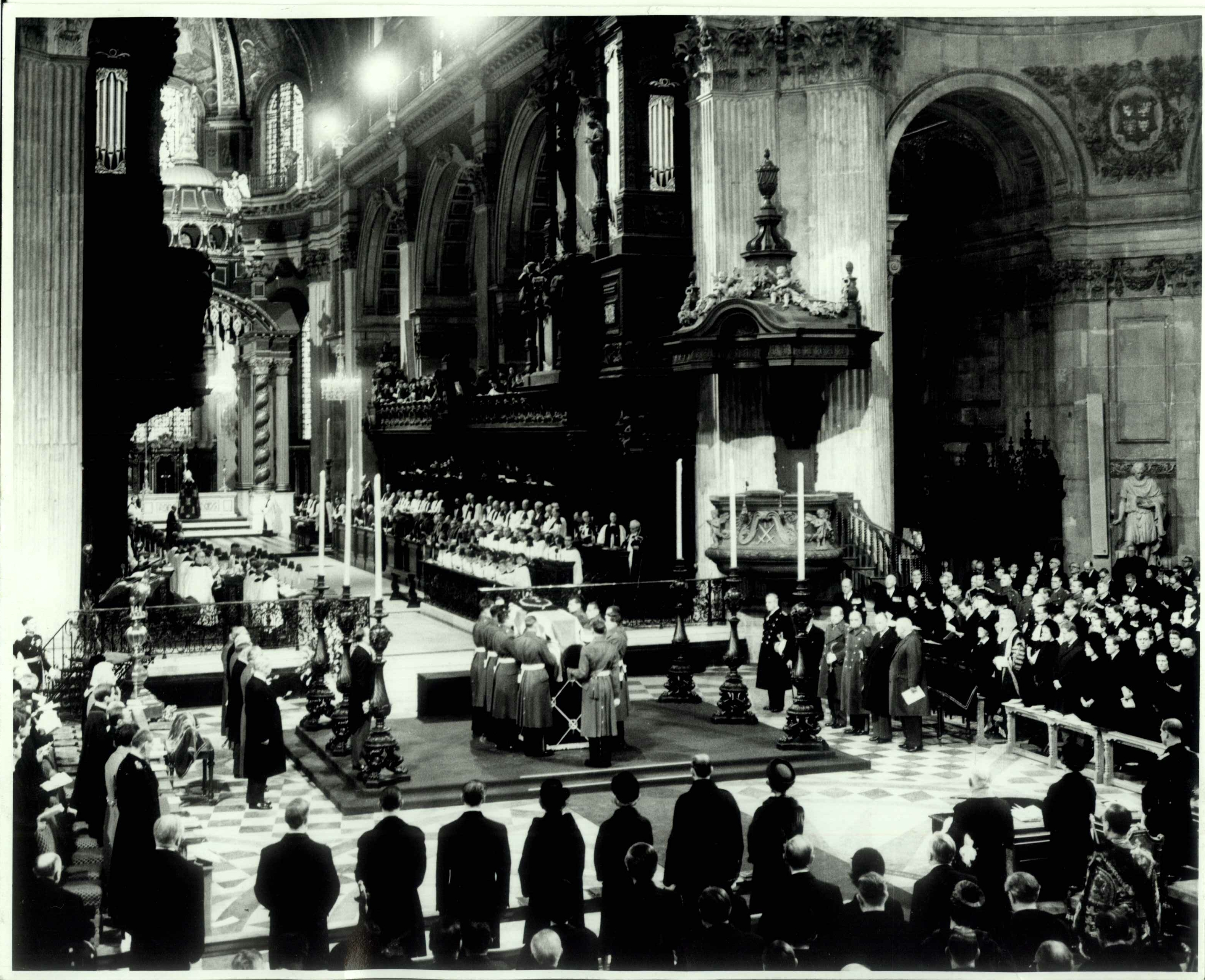 the-funeral-of-sir-winston-churchill
