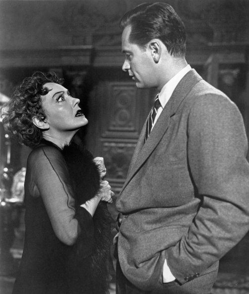 gloria-swanson-william-holden-sunset-boulevard